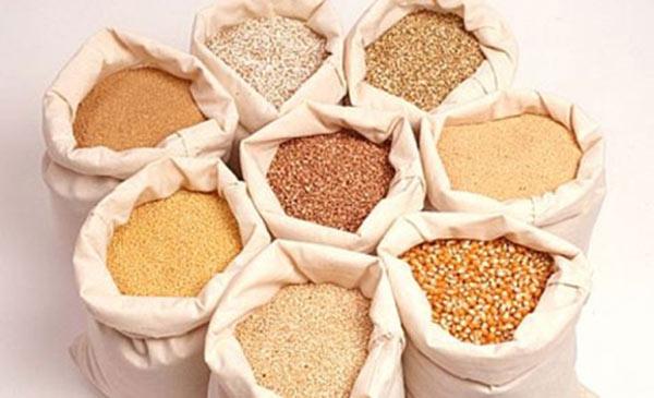 Các nguyên liệu thường dùng cho thức ăn tự trộn